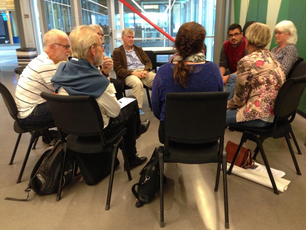 Deltagarna samlades i mindre diskussionsgrupper, i vilka de själva formulerat problemen.