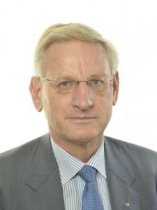 Carl Bildt gör comeback?