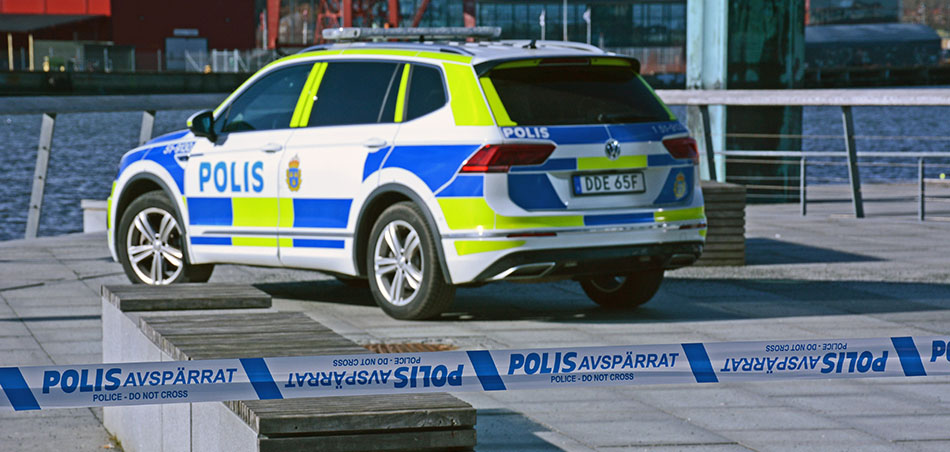 Polisbil på Stenpiren